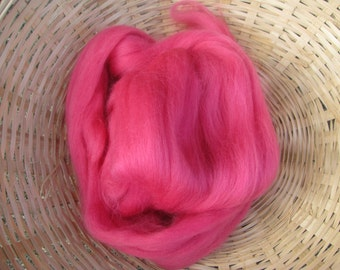 SALE Merino Wool Roving/top 64's 23 Microns - ROSE. For Spinning,Wet or Needle Felting, Craft Work.