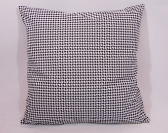 Custom made black and white houndstooth pillow cover/sham. Multiple sizes to choose from.