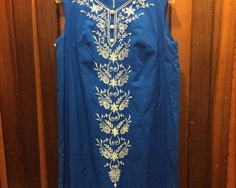 Vintage BENARES of India // Blue Embrodiered Dress
