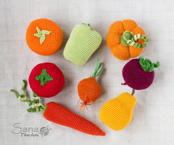 Crochet Vegetables and fruits, rattle, crochet doll food, teething, stuffed play food, vegetable toys, kitchen decor, waldorf toy, Set of 8