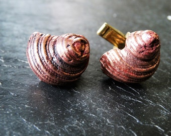 Cast copper shell cufflinks