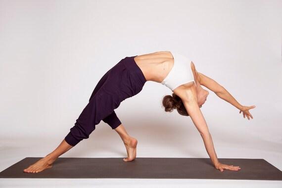 Slouchy Capri Yoga Pants - yoga clothing - workout pants - loose pants - casual pants - yoga wear - gym pants - workout loose pants
