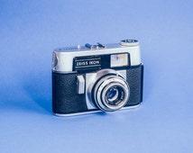 Vintage Zeiss Ikon Colora F Camera