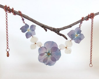 Real Flower Necklace - Real Flower Jewelry - Botanical Jewelry - Hydrangea Necklace - Nature Jewelry - Pressed Flowers - Bridesmaid Jewelry
