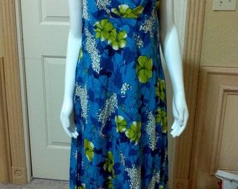 Vintage Hawaiian Dress from the 60s, Mod Retro Hawaiian Tropical Floral Cotton Print Dress; Summer Dress/vacation  Dress size M Bust 36