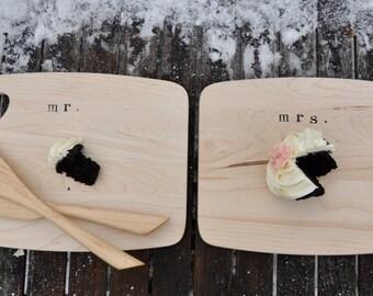 Wedding cake plates wedding cake stand wedding plate wedding cake glass cake plate vintage cake plate wedding gift cupcake stand wood