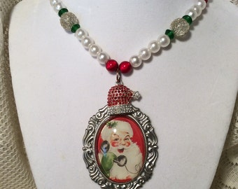 Santa Clause beaded pendant necklace
