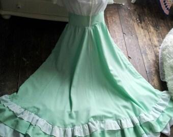 SALE - Stunning 70s Vintage Apple Green Maxi Dress