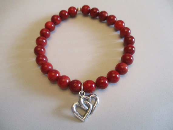 Coral and Double Heart Charm Stretch Bracelet B6151777