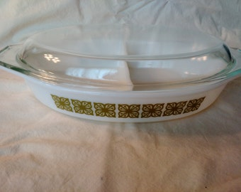 Vintage Pyrex Verde Green Square Flowers Divided Baking Dish W/ Lid