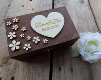 "Ring Bearer Box ""Flowery Heart"" / Wedding / Ring Box / Wedding Box / Vintage / Ring Holder / Rustic / Wood"