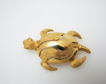 Stunning Crown Trifari Golden tone Turtle Pendant