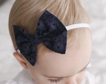 Navy Eyelet bow