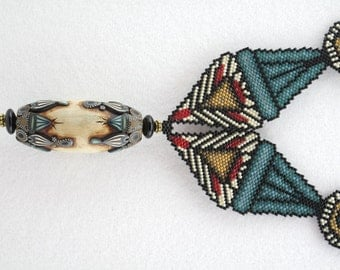 Peyote Triangles Necklace with Earrings