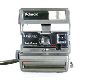 Polaroid One-step Autofocus 600 Camera