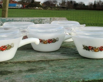 Rare Anchor Hocking USA Milk Glass Fire King Oven proof 5 Bowls Handle with lid