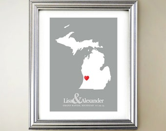 Michigan Custom Vertical Heart Map Art - Personalized names, wedding gift, engagement, anniversary date