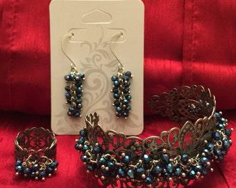 Blue cluster ring, filigree ring
