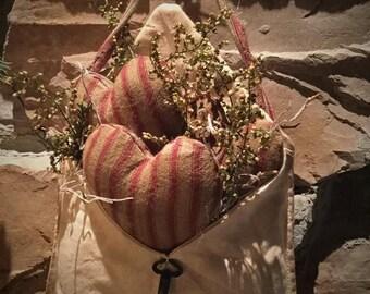 Made to order: Primitive Valentine heart pocket hanger