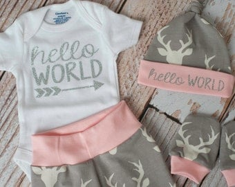 Personalized Baby Deer Antlers/Horns Bodysuit, Hat, Scratch Mitts Set with Grey and Pink + Name Bodysuit Newborn Coming Home