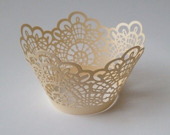 12 pcs Beautiful Cream Ivory Crochet Lace Wedding Filigree Cupcake Liners Liner Baking Cup Cupcake Wrapper Wrappers crochet doily