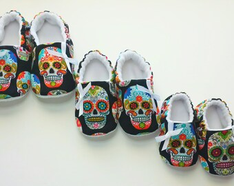 Sugar Skulls Baby Shoes,Black baby shoes,Day of The Dead, Dia de Los Muertos, Baby Soft Sole shoe,Toddler Slippers
