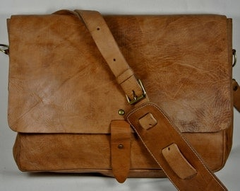Handmade Tan Messenger style Satchel Large 40 x 30 x 10 cm