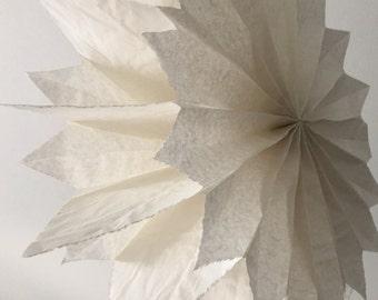 Paper star ca. 40 cm