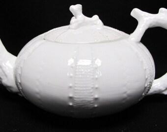 Paris Royal White Coral Collection Teapot 5h X 9w Porcelain