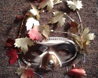 Golden Autumn Dangling Leafs half-face Mask