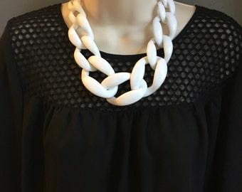 White Chunky Chain Link Housewife Resin Statement Necklace