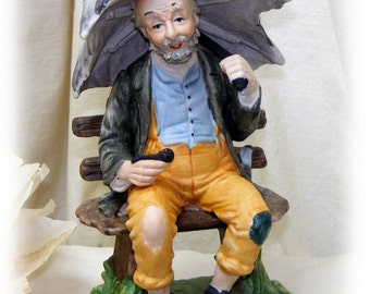 HOBO ON A BENCH . . By Kenny LeCroy