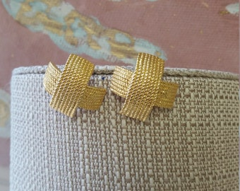 Pretty Vintage Gold Cross Basket Weave Earrings