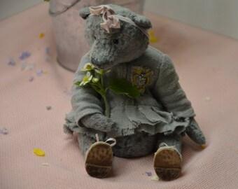 Artist teddy bear OOAK.  Soft sculpture Sawdust Plush Vintage. Аntique. Gray woodwool OOAK old toy antique bear