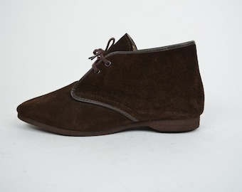 Emma | 6.5 | 1970s Vintage Lace Up Brown Suede Booties 70s Ankle Boots