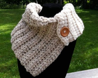 Ladies' Aspen Button Cowl