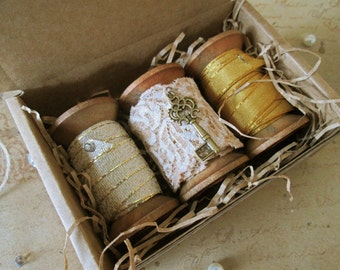 3 Pcs Wooden Spools with Lace and Ribbons, Shabby Chic, Gift Idea, Ribbon on Spool, Lace on Spool, Vintage Style Spools, Wooden bobbin, Reel