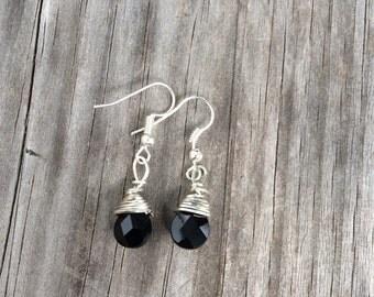 Wire Wrapped Black Earrings, Wire wrapped earrings, Black Jewelry, Tear drop Earrings