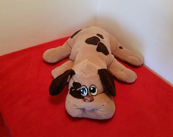 Vintage pound puppies / large pound puppy, 18 inches