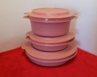vintage tupperware microwave reheatables  / set of 3 / pink salmon tupperware, tupperware tv dinner plates, tupperware bowls