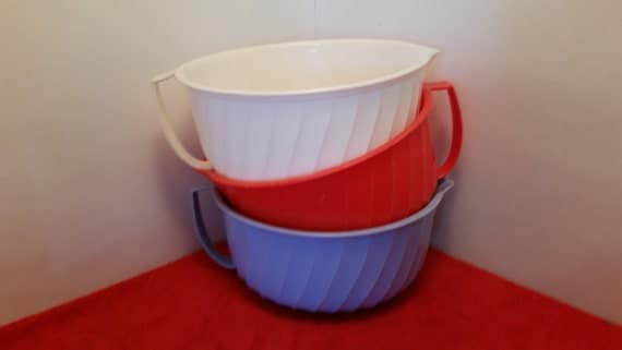 Vintage Shamrock Neatway Mixing Bowls With Handle And Pour