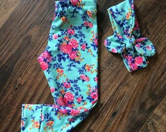 Mint floral leggings (headband optional)