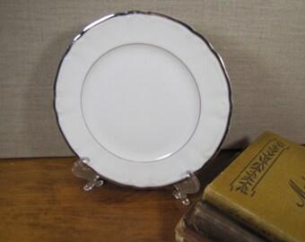 Silver Sonata Fine China Dessert Plate - Platinum Accent Bands