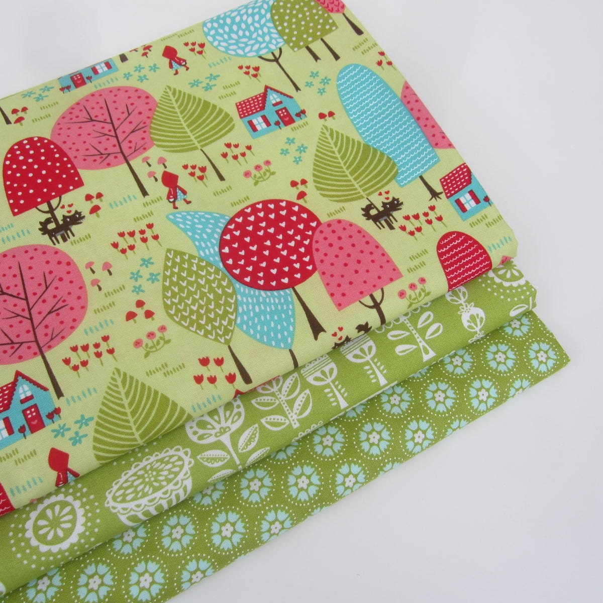 Moda lil 39 red quilting craft novelty child bright fabric for Bright childrens fabric
