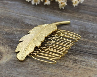 Feather Comb - Gypsy Hair Accessory - Golden Feather Accerssory - Wedding Hair Pin