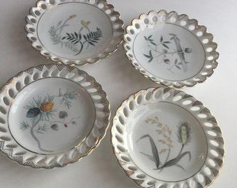 Vintage Porcelain Decorative Plates / Plates With Plants / Plant Plates / Wall Hanging Plates / Wall Plates / Small Wall Plates / Porcelain