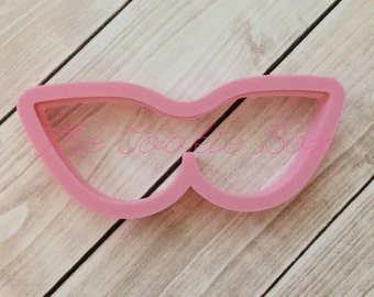 Miss Doughmestic's cat eye sunglasses