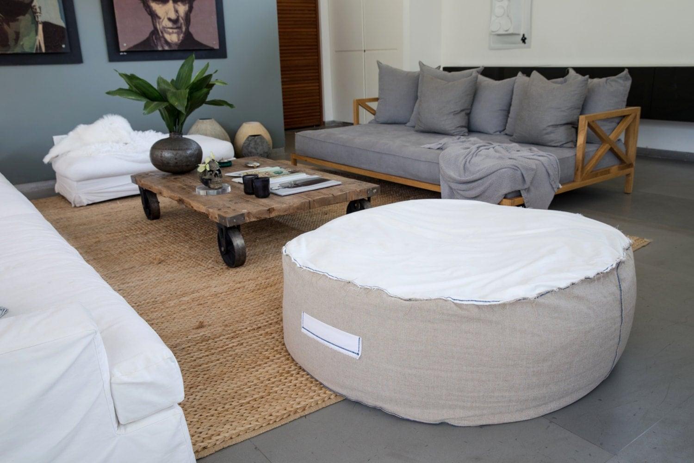 large beanbag chairround bean bag floor cushion beanbag. Black Bedroom Furniture Sets. Home Design Ideas