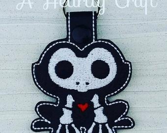 Frog Skelli Skeleton Key Ring Fob Halloween Party Favor Skellie Bones Steampunk Boney