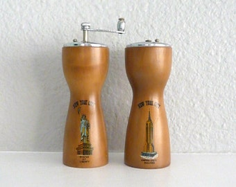 Vintage New York City Souvenir Salt and Pepper Shakers